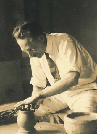 リーチ 益子の濱田窯での制作風景 1934年頃